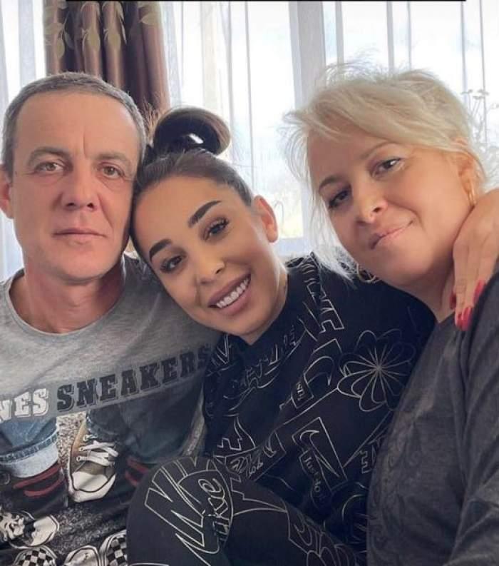Ștefania, imagine de colecție alături de părinții ei. Cum arată viitorii socri ai lui Speak / FOTO
