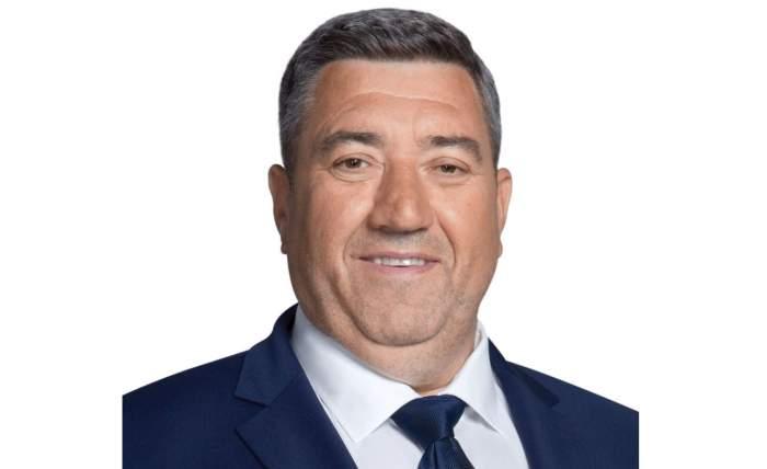 Primarul din Ștefănești, acuzat că a violat o copilă de 12 ani, a fost lăsat în libertate. Cum motivează magistrații hotărârea