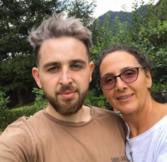Ștefan Borleanu alături de mama sa.