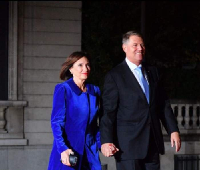 Carmen Iohannis de mână cu soțul ei, președintele Klaus iohannis