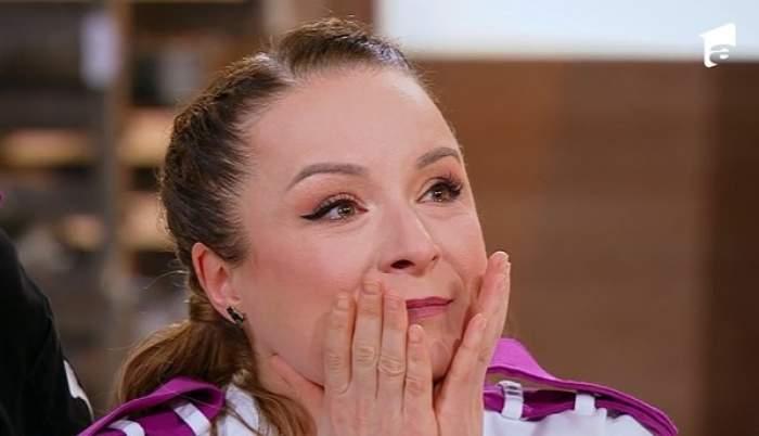 Semifinaliștii Chefi la cuțite, lacrimi de bucurie înainte de prima probă. Ce mesaje emoționante au primit de la cei apropiați / VIDEO