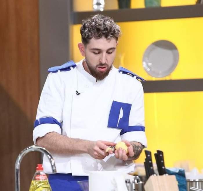 Ștefan Borleanu în tunică, la Chefi la cuțite.