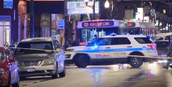 Schimb de focuri la o adunare din Chicago. Au murit patru persoane