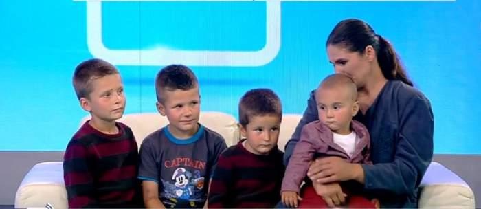 """Acces Direct. Tânără mamă a patru copii snopită în bătaie de concubin? Maria și cei mici riscă să rămână pe drumuri? """"Fără ei nu trăiesc"""" / VIDEO"""