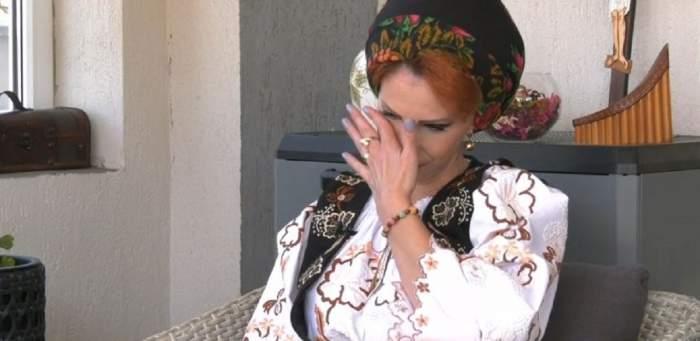 """Acces Direct. Drama Ionelei Moruțan. Cântăreața, mărturii în lacrimi despre moartea surorii ei: """"Mă întrebase de ce nu mai poată să trăiască"""" / VIDEO"""
