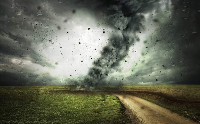 Fotografie cu un ciclon.