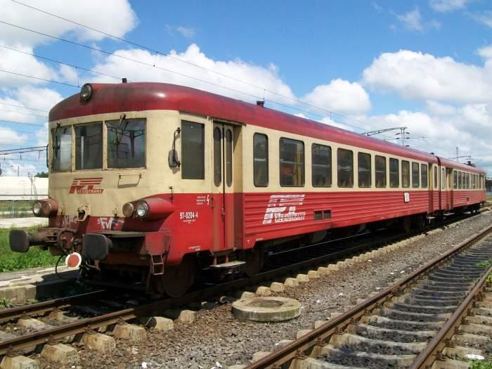 Un tren de pe ruta București-Craiova a rămas fără frâne. Zeci de călători au trecut prin clipe cumplite