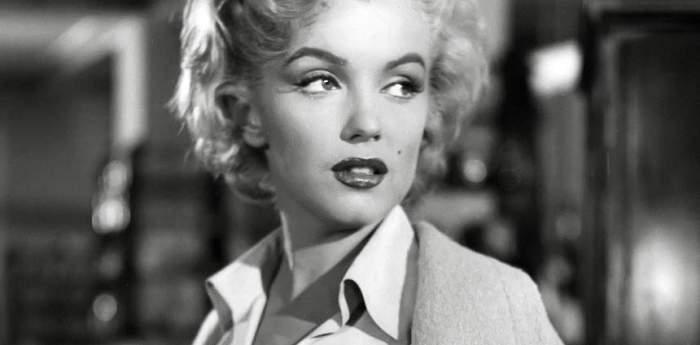 Povestea mai puțin știută din viața regretatei Marilyn Monroe. Artista s-a căsătorit când era minoră. Cine este bărbatul care i-a fost soț artistei