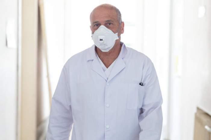 Medicul Virgil Musta avertizează că noua variantă Delta a COVID-19 ar putea să aducă noi restricții în România