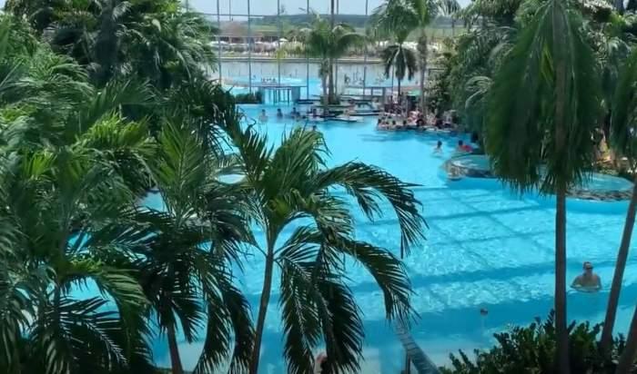 o piscina
