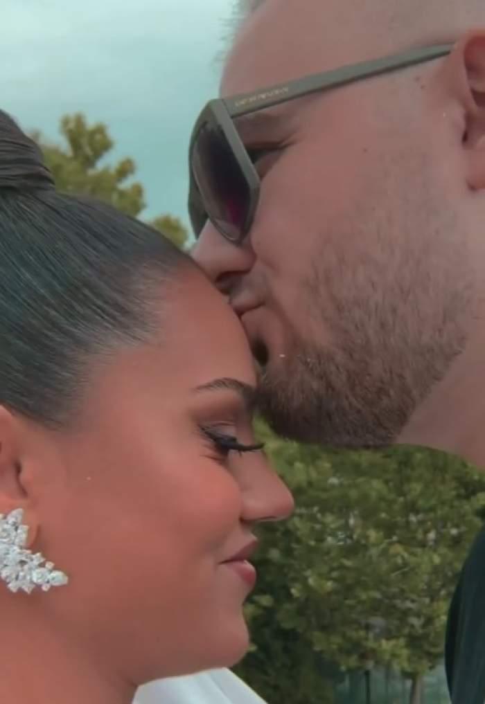 Karmen și Bogdan Căplescu au aniversat doi ani de căsătorie. Fiica lui Adrian Minune le-a oferit fanilor imagini inedite de la eveniment / FOTO