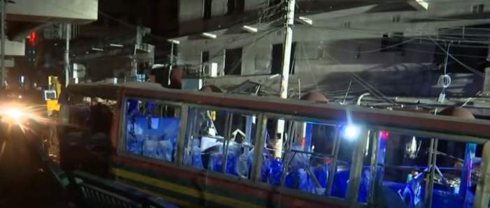 Explozie devastatoare în Bangladesh! Șapte oameni au murit pe loc iar patru autobuze au fost mistuite de flăcări / VIDEO