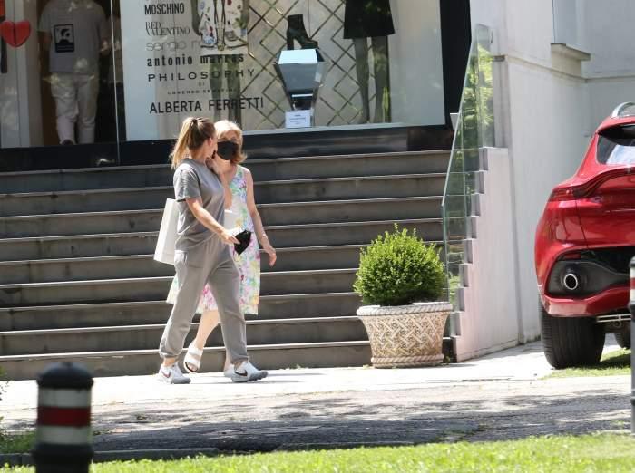 Simona Halep își răsfață mama de fiecare dată când are ocazia. Campioana nu uită de unde a plecat, dar nici unde a reușit să ajungă / PAPARAZZI