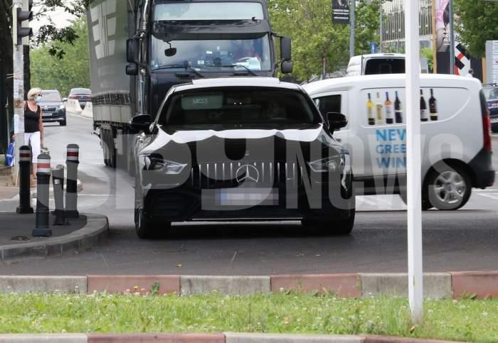 """Edmond Tălmăcean, """"pericol public"""" în trafic! Afaceristul și-a lăsat bolidul în drum blocând toată circulația / PAPARAZZI"""