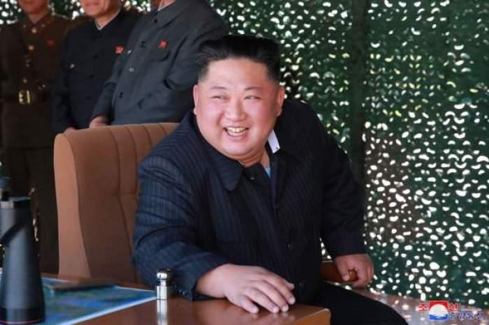 Imagini șocante cu Kim Jong-un! Televiziunea nord-coreeană a arătat scăderea în greutate dramatică a liderului / FOTO