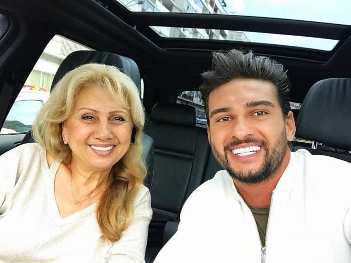 dorian popa si mama lui in masina