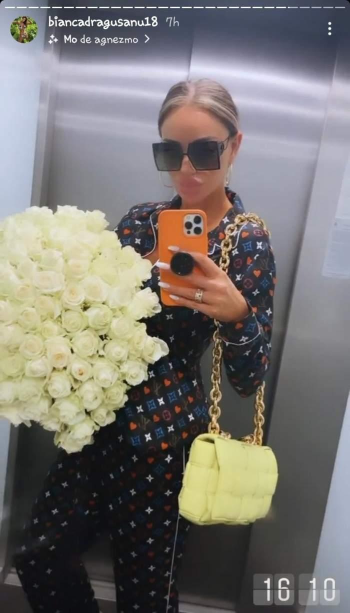 Bianca Drăgușanu, surprinsă din nou cu un buchet imens de trandafiri! Cine se află în spatele acestor gesturi repetate?