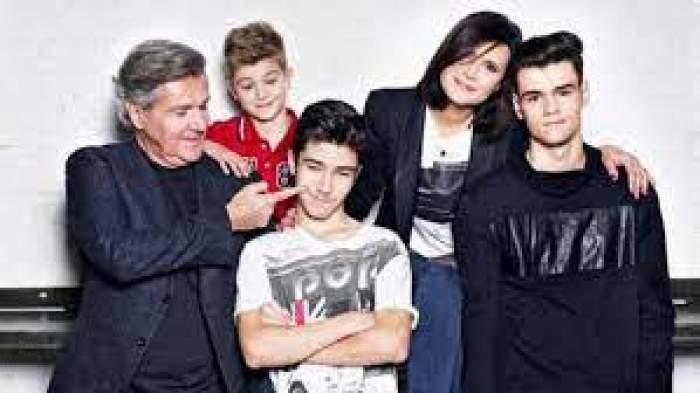 Dan Bittman alături de fosta iubită și cei trei fii.