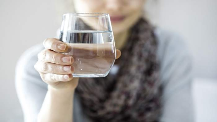 ajuta apa la slabit