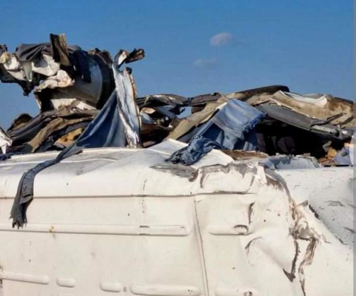 Șoferul unui TIR din România a lovit un microbuz pe o autostradă din Ungaria. Sunt 3 morți și 13 răniți / FOTO