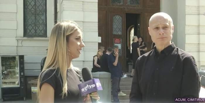 Răzvan Condurățeanu în timpul unui interviu.