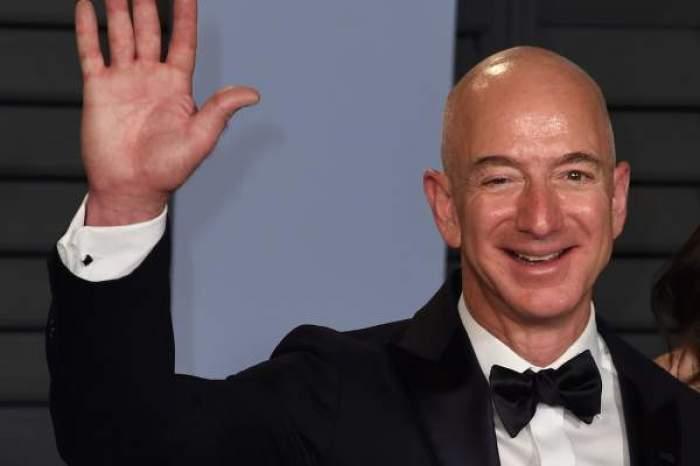 """Jeff Bezos a decis ca o femeie de 82 de ani să-l însoțească în spațiu. Miliardarul îi va împlini visul de-o viață: """"Voi iubi fiecare secundă"""""""