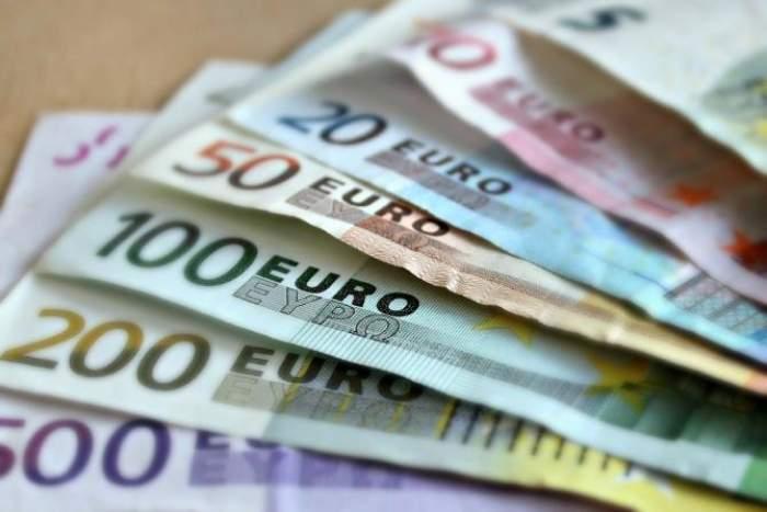 Escrocherie de ordinul milioanelor de euro în Spania. 17 români au fost arestați după ce au reușit să înșele peste 1600 de oameni