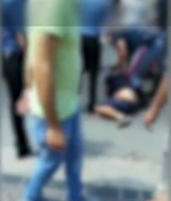 Un român drogat a călcat cu mașina doi polițiști din Italia. În încercarea de a fugi, a intrat într-un stâlp / VIDEO
