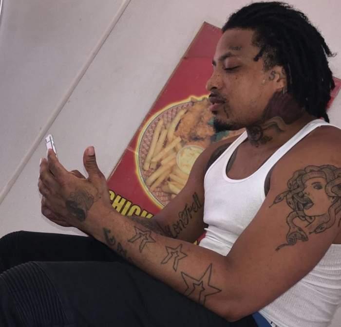 Cântăreț de rap, ucis într-o ambuscadă armată chiar la ieșirea din închisoare. Artistul a fost împușcat de 64 de ori