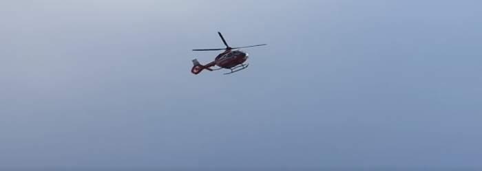 Un copil de 7 ani a fost scos din apă de salvamari, la Eforie Nord. Băiețelul a fost preluat de elicopterul SMURD / FOTO
