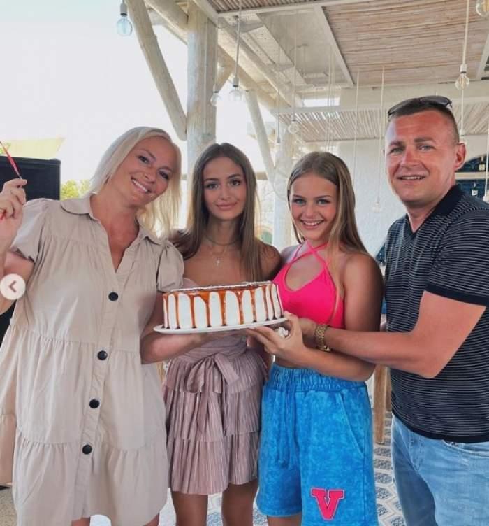 iuliana beregoi cu familia ei