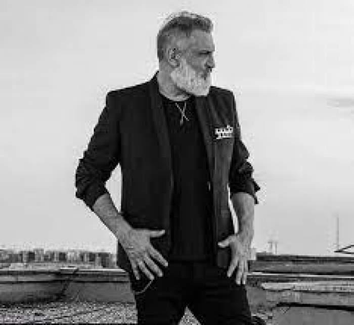 Fotografie alb-negru cu Damian Drăghici