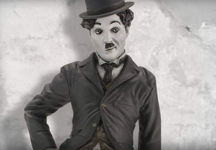 charlie chaplin imagine alb negru