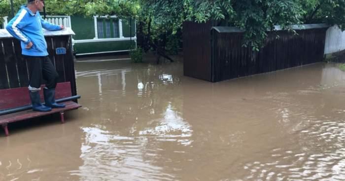 România, din nou sub cod roșu de inundații. Anunțul făcut de către hidrologi după ce mai multe localități au fost izolate
