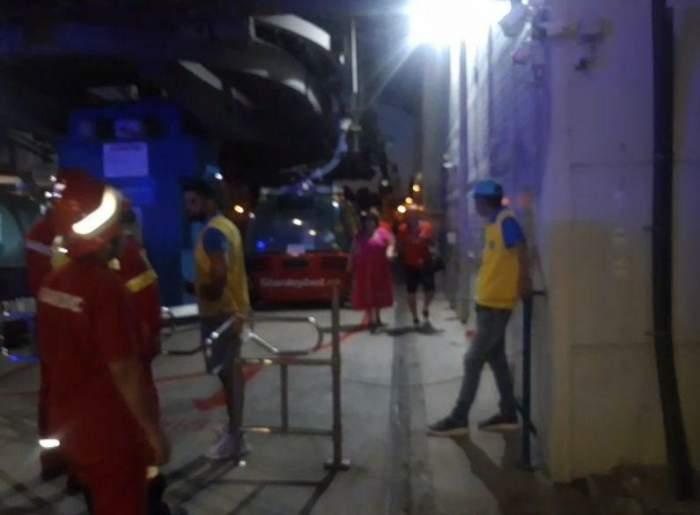 Clipe teribile în Mamaia, după ce o telegondolă a rămas blocată în aer. Au fost implicate peste 100 de persoane, două având nevoie de ajutorul medicilor