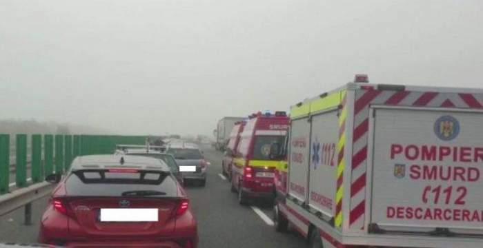 Un al doilea accident rutier a avut loc pe Autostrada Soarelui. Au fost implicate trei autoturisme. În urma impactului au rezultat cinci victime