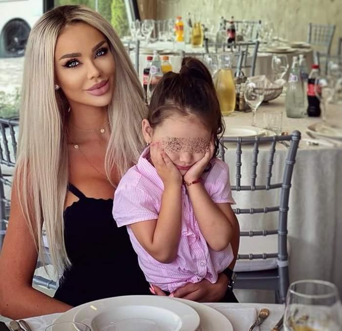 bianca dragusanu si fiica ei la restaurant