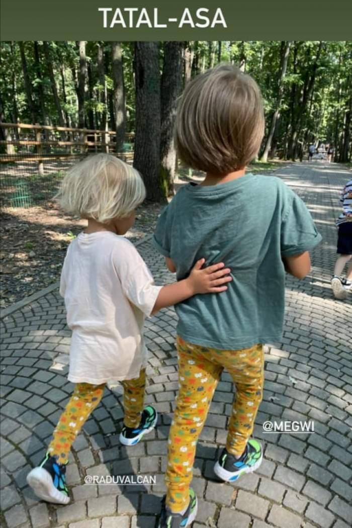 Andrei și Alexandru în parc