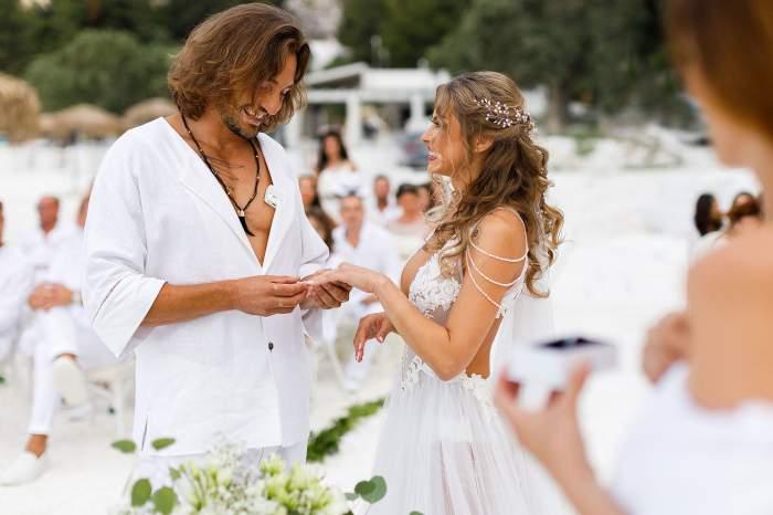 Cezar Amititeloaie, de la Hello Chef, Antena 1, nuntă de basm în Thassos. Petrecerea a durat nu mai puțin de o săptămână / GALERIE FOTO