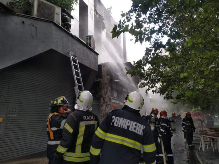 Incendiu puternic la Complexul Piața Delfinului din București. Pompierii intervin de urgență