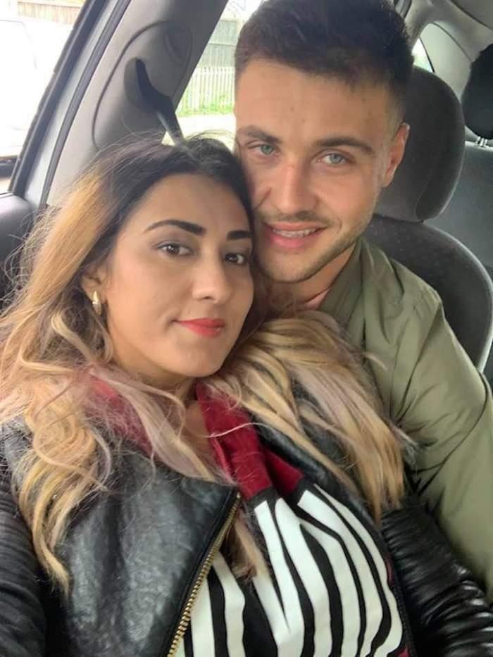 Natalia și Mihai Beuran, în mașină, îmbrățișați