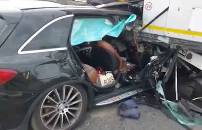Accident grav pe autostrada A1, lângă Pitești. O femeie a murit, după ce mașina în care se afla a ajuns sub remorca unui TIR