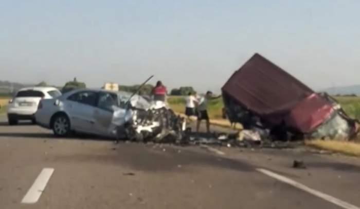 accident bacau oameni morti
