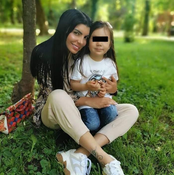 """Andreea Tonciu, pregătită să devină mamă pentru a doua oară. Ce părere are fiica ei, Rebeca, despre acest lucru: """"Mai vrei o surioară?"""""""