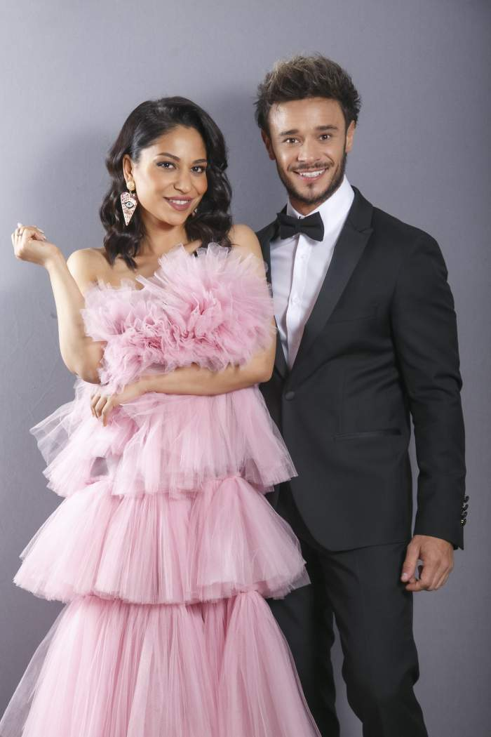 Nasrin Ameri și Dima Trofin, îmbrăcați eleganți și zâmbitori
