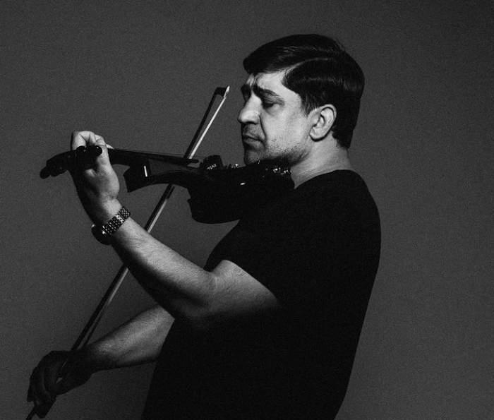 corneliu botgros canta la vioara