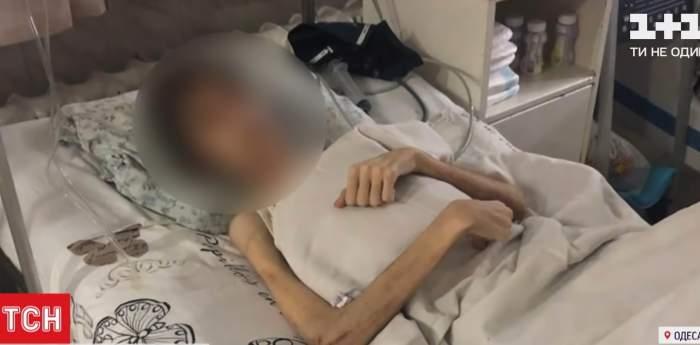 captură cu adolescentul slab aflat pe patul de spital