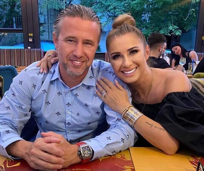Laurențiu Reghecampf și Anamaria Prodan, îmbrățișați și zâmbitori