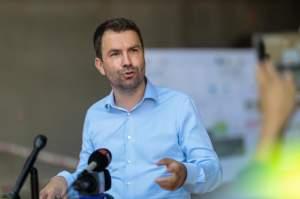 """Ministrul Transporturilor, Cătălin Drulă, anunț pentru toți șoferii români după valul de accidente: """"Drumuri presărate de cruci"""""""