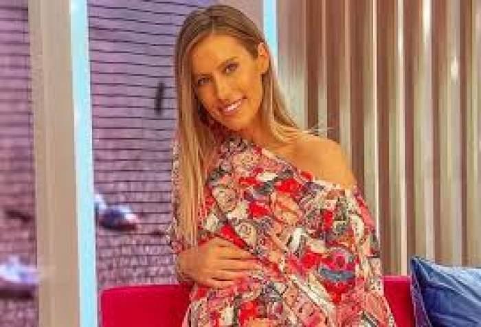 Gabriela Prisacariu, însărcinată, în rochie colorată